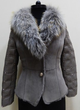 CODE 35   DESIGNER LEATHER JACKET WITH FUR COLLAR